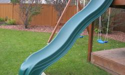 6 foot slide for kids play structure. excellent shape.