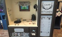 Seriously, how funky is this CAMP kitchen!?!?! Any boy or girl would have hours of fun with this!! This kitchen would look amazing in a playroom, daycare, preschool, waiting room, lodge ....or anywhere else that kids can pretend they are on a camping