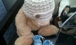 such a cute Baby hat color is Beige for a little Boy Brand New ;)