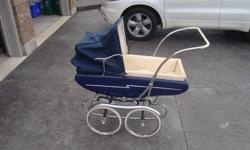 Baby Stroller - Vintage Pram Very Rare and  in Mint Condition   Great Price $25   Please Call RYAN (905) 324-4570         St.Catharines