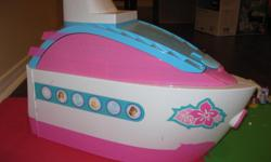 Barbie Cruise Ship with all accessories; in excellent condition.