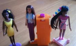 7 McDonalds barbies with the accessories. These are the older ones. EXCELLENT CONDITION   visit my other ads