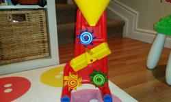 Great water toy for bath, or outdoor summer sand and water toy