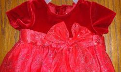 I have an adorable red dress that would be perfect for Christmas.                   Size 6 months & in perfect condition.