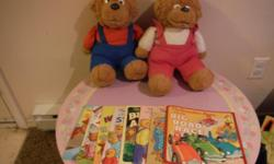 brother and sister bears come with 8 books.good condition. from non smoking house.