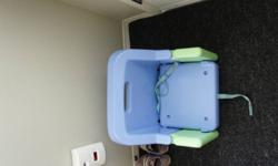 Folding booster seat missing tray. Adjusts to two levels. $10 obo