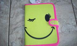 "Brand New - E-Reader Smilely Face Case in excellent condition. Fits 6"" devices. Asking $15. Pick up only please. Thank-you!"