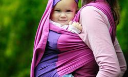 Right now at Snaps & Snails all of our baby carriers are on sale! Looking for that one of a kind, unique carrier? Try our fair-trade Peruvian carriers from Felizzy, which are 30% off right now. Every Felizzy Carrier purchase comes with a free Babywearing