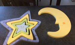Stars and moon wall hanging for a child room. Excellent condition, no chipped paint, from a smoke and pet free home. Five pieces all together.