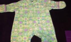 Great condition. Girls purple and green snowsuit. Call or text only 7808306917 This ad was posted with the Kijiji Classifieds app.