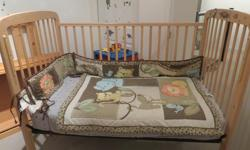 Luna crib, Ecco model. Natural colour great solid wood construction. Side drop crib, sturdy construction. 3 different heights allow for growth with baby. Gently used from a non smoking home, no pet family. Bedding & Mattress available .
