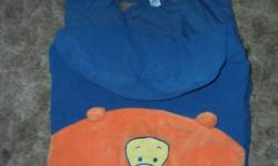 I am selling a Disney Baby Bunting Bag for infant car seat/stroller for $10.00.  The bunting bag features Tigger's face.  It is in excellent condition from a smoke free/pet free home.  It will fit any infant car seat and will keep your child warm in the
