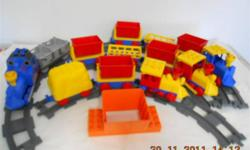 Vintage Duplo Lego Trains with 16 pieces of Track. 4 Engines Including Thomas, 9 Rail Cars. Very Rare set! Asking $40.00, I Will Deliver