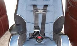 Evenflo Car Seat Excellent Condition for 20-100lbs expires in 2014