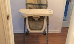 Evenflo high chair in excellent condition for sale. Serious inquiries ans pick up only. This ad will be removed when item sold.