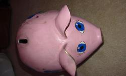 Fancy pink piggy bank. Its big and fun. ready for pick up