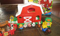 Includes original farm (barn opens and closes, animal sounds, animals, farmer, cart), plus petting zoo (fence, animals) and veggie stand with original farm box.