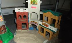 fi sher price 2 castles plus men  fisher price western set plus men also pirate ship and misc items  must buy all   $50.00 call 250-374-1600