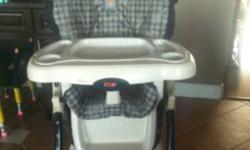 Easy fold, 7 heights, 2 piece one hand removable tray, vinyl padding removable washer safe, 3 position recliner seat, wheels attached after market, This ad was posted with the Kijiji Classifieds app.