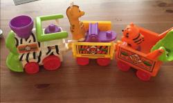 Fisher Price Little People playset Excellent condition $8 - Zoo train and animals Please email.