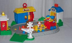 Fisher Price Little People  Fun Sounds Train Set   $20 for All Great Condition