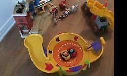 Fisher price toys with accessories in a good condition. Pet smoke free home. Plz see my other ads for more kids items. Serious inquiries and pick up only. 30$ all