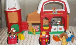 BY FISHER PRICE, IN MINT CONDITION, LITTLE PEOPLES FARM. INCLUDED FARM + 14 PIECES . TODDLERS DISCOVER HOW THEIR ACTIONS MAKE THINGS HAPPEN AT THE FARM. WITH ANIMALS SOUNDS ALL AROUND AND PLENTY TO DO. LITTLE ONE WILL DISCOVER WHAT A BUSY PLACE THE FARM