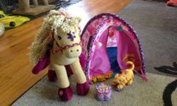 Groovy girl tent, horse, cat and plastic birthday cake