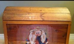 Purchased at the Christmas market. This is a beautiful toy chest that looks antique. My daughter used this for her dress up clothes.This would make a great gift. This ad was posted with the Kijiji Classifieds app.