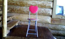 Two cute little heart chairs. $5 each or both for $8.