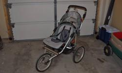 Jogging Stroller for sale, great for trails and pathways.