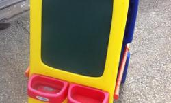KIDS EASEL CRAYOLA..$35 ONE SIDE IS A CHALKBOARD.. THE OTHER SIDE IS A WHITE BOARD.