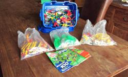 Kinex Set with Instructions and Box! -Great for the classroom -Great for science project props -K'NEX Education sets are effective learning tools that help you teach basic and complex science, technology, engineering and math concepts. Curriculum