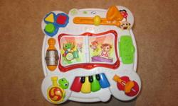 Leap Frog play and learn table. Barely used, excellent condition. Non smoking home. Great Christmas present.