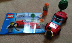 In excellent condition. From a smoke free and pet free home. Included minifigure and the manual. From a smoke free and pet free home
