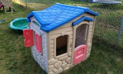 Little tykes playhouse lightly play with and in great condition