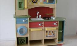 Fully assembled kitchen unit from ToysRus. Great condition. Price is firm.