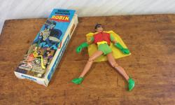 ROBIN the boy wonder with original box Magnetic hands and feet by Mego Corp