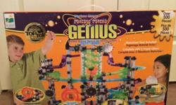 This has only been used once and has over 475pieces. In great condition and fun for kids.