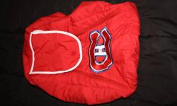 montreal canadians car seat cover and head rest for infant car seat 20$ for both