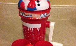 Sno cone maker All you need is ice cubes