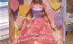 "NEW Happy Birthday BARBIE (Mattel) w/ Tiara for you (2002) * Happy Birthday Barbie Doll, Pretty Birthday Tiara For You! is a 2002 Mattel production. * Includes: 11.5"" Barbie Doll w/blond hair & blue eyes. Doll wears a dark pink Bow in her hair, a Gown"