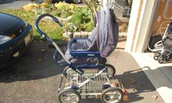 Single Peg Perego Stroller for sale. Used by grandparent as a second stroller. GUC, no rips or stains, wheels in EUC and large basket for storage. Photo makes the fabric look faded but it's not :) Bassinet lies flat and can face either way