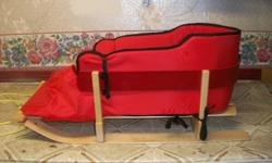 Pellican Baby Sleigh!!! 3 pieces, Very Good Condition...barely used.