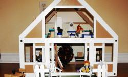 We have for sale a refurbished Plan Toys Dollhouse. This house is complete and fully furnished. Lovely family of 5 and their beloved pet Smelly Cat. Fully accessorized including yard and outdoor furnishings. This family is ready to celebrate Christmas