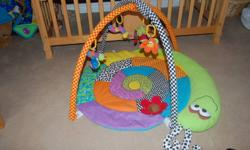 Play and Go mat, complete with all 4 hanging attachments, from a smoke free home.