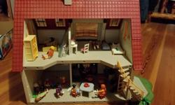 Playmobil house, complete with instructions and original box. Perfect condition. Model 4279 with electronic, musical doorbell. Ages 4+. Many extras including furniture, people, dishes, appliances, pets, bbq etc.....hours, no YEARS of playtime!! Paid