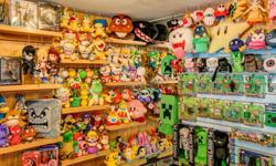 Plush toys are great for cuddling or collecting, and we've got tons to choose from! All your favourites are here, everything from Nintendo, Minecraft, Adventure Time, Final Fantasy, Pokemon, and more! An ideal gift for any occasion. Come see this and