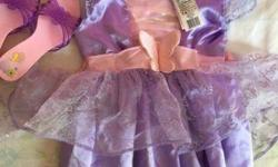 Princess girl's set 2-4 y with dress, crown and sandals in a good condition. Pet smoke free home. Please contact if interested. Serious inquiries and pick up only