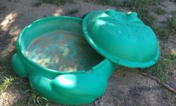 Frog sand box. Good shape Text 306-450-0522
